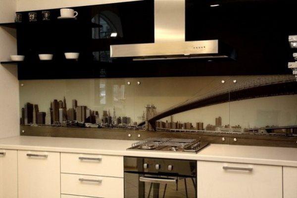 Хорошим и стильным вариантом сейчас считается стеклянная мебель