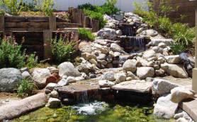 Искусственный водоем как декоративный элемент дачного участка