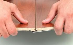 Как заделать стыки между панелями ламината