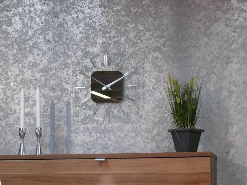 Правила оклейки стен металлизированными обоями