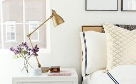 Золотые акценты в интерьере спальни