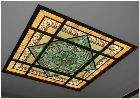 Потолочный витраж – новое дизайнерское решение в оформлении потолка