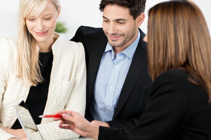 Операции с недвижимостью в браке. Ограничения и гарантии
