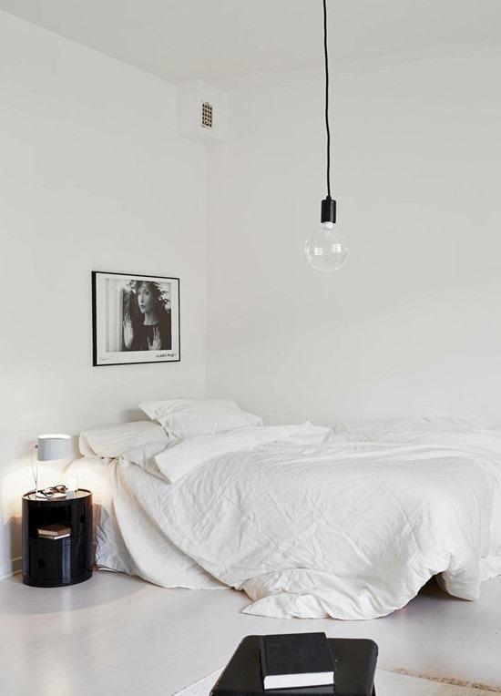 Черно-белый минимализм в интерьере