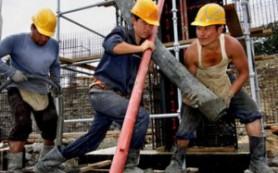 В России хотят ввести квоту на иностранных рабочих в строительстве — не больше 65%