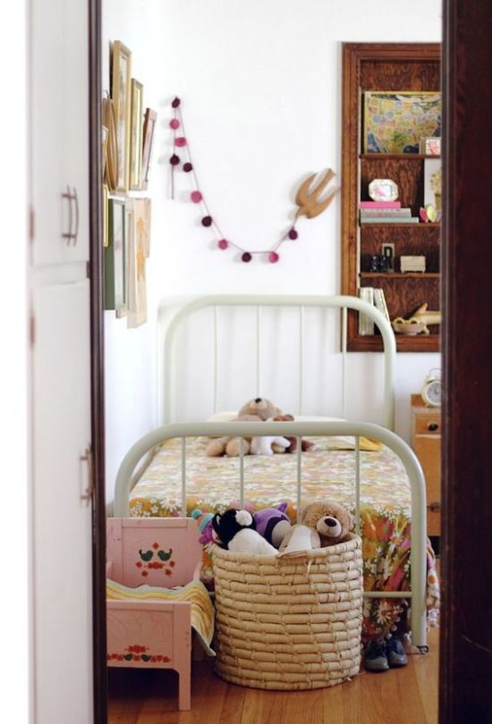 Как хранить детские игрушки и не дать им заполонить весь дом
