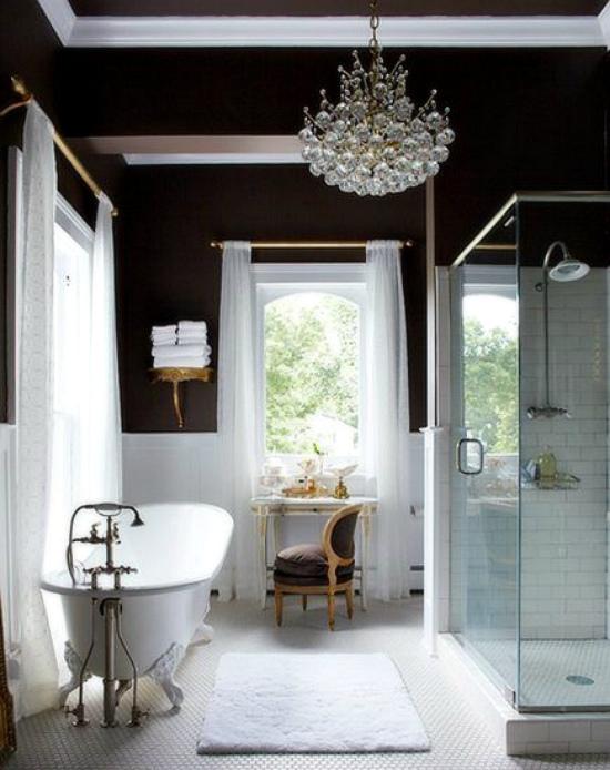 Большая ванная комната: что с ней делать?