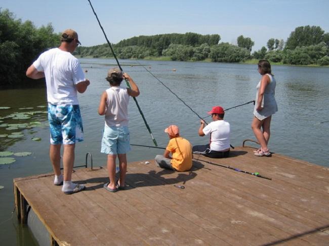 Как выбрать рыболовную базу?