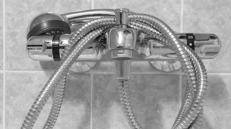 Ванна или душевая кабина — что предпочесть?