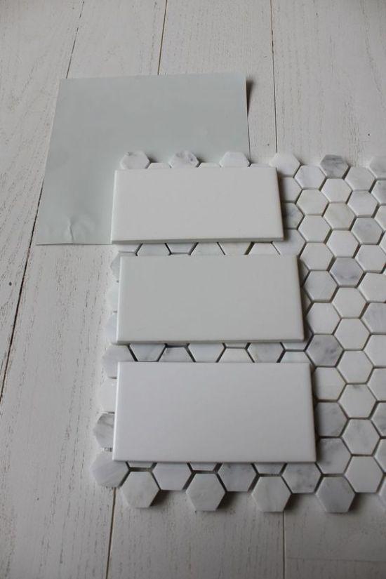 Как недорого и красиво облицевать плиткой стены ванной