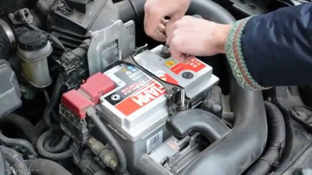 Как ухаживать зимой за аккумуляторной батареей
