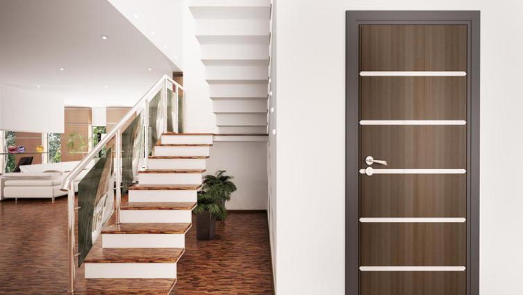 Можно ли межкомнатные двери эконом-класса превратить в изюминку интерьера?