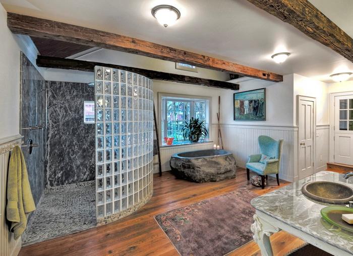 Стеклоблоки в интерьере домов и квартир