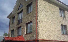 Отделка фасада дачного дома