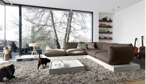 Подиум в квартире как оригинальное украшение современного дизайнерского проекта