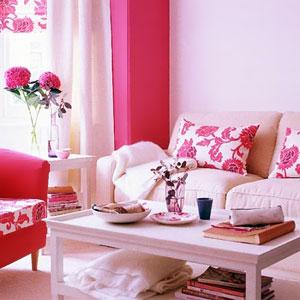 Бело-розовый интерьер