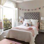 Детская комната с балконом: варианты планировки и дизайна
