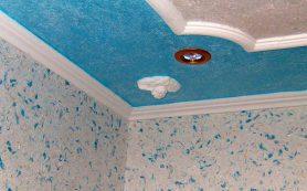 Как наносить жидкие обои на потолок?
