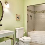 Выбор интерьера ванной комнаты в зеленых тонах