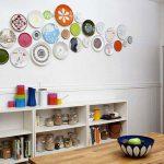 Настенные тарелки — милая и стильная деталь в интерьере