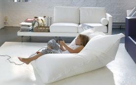 В чем преимущества бескаркасных диванов?