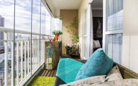 Как производится остекление балкона?