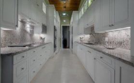 Выбор мебели для длинной кухни