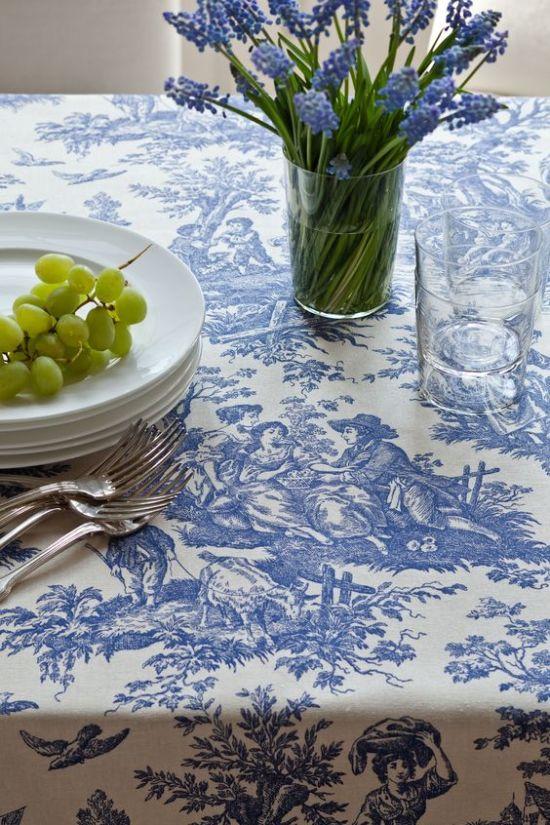 Скатерть на столе: праздничный атрибут и интерьерная изысканность