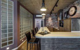 Натяжной потолок на кухне: современная отделка, преимущества и недостатки