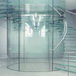Изготовление конструкций из закаленного стекла в Крыму: идеальный партнер GlassOk