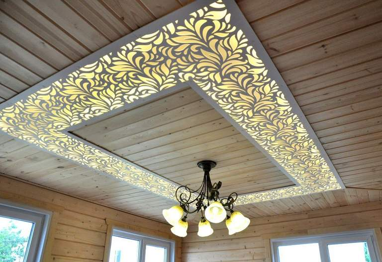 Декорирование потолка