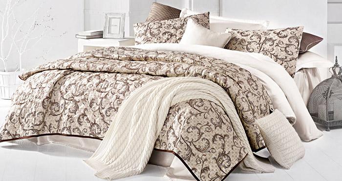 Как выбрать покрывало на кровать под стиль интерьера