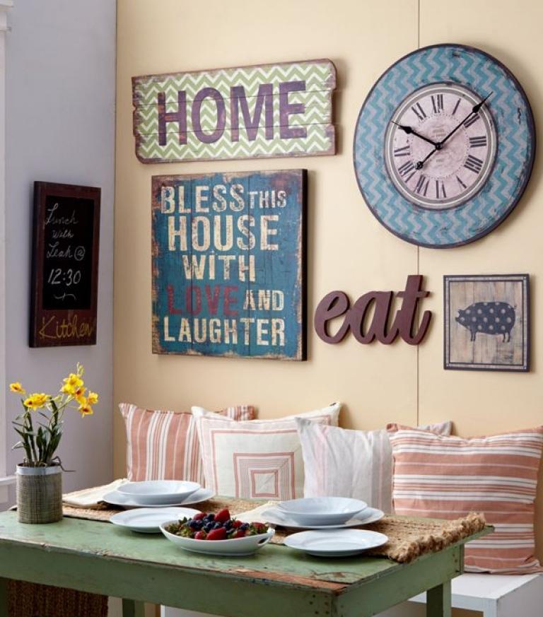 Дизайн стен на кухне: тарелочки, гербарий, столовое серебро и десяток других идей