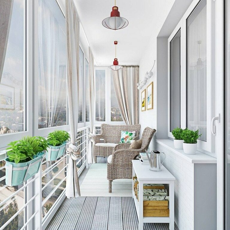 Утепляем и оформляем балкон в стиле прованс