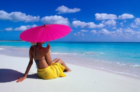 Как лучше одеться, чтобы защитить себя от теплового удара?