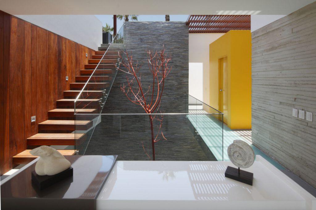 Камнепад: 7 идей оформления интерьера камнем