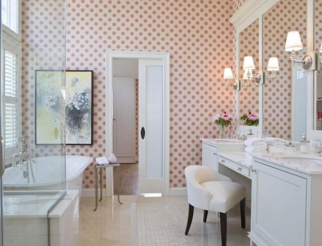 Обои в ванной комнате: аргументы «за» и «против»