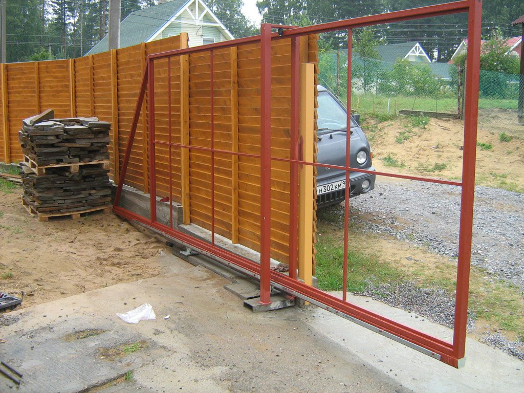 Особенности использования откатных ворот