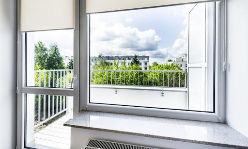 Пластиковые окна: как продлить срок службы