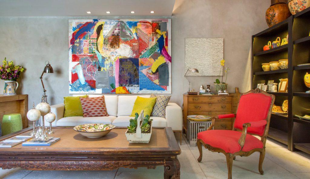 Современный дизайн интерьера и предметы искусства