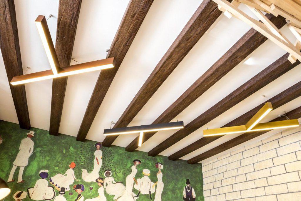 Декоративные фальш-балки для украшения интерьера