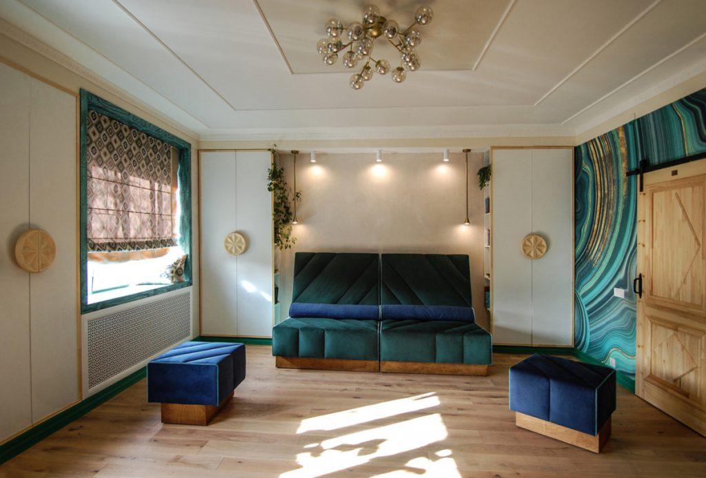 «Малахитовая шкатулка» для гостиной: современный интерьер, созданный по мотивам сказки