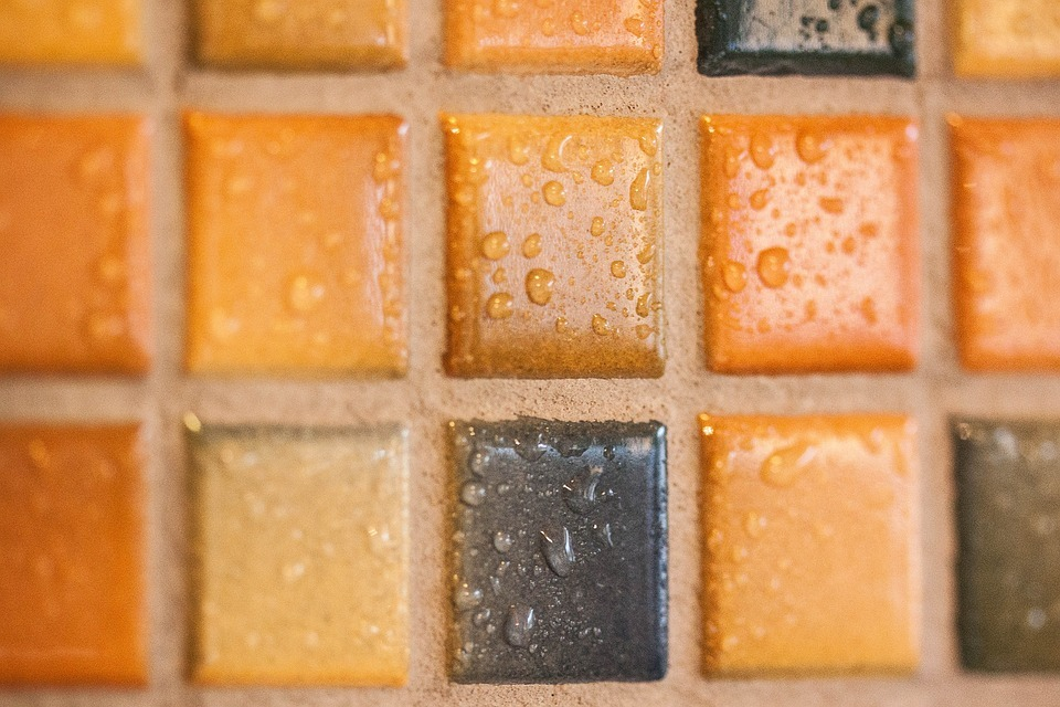 Достоинства и недостатки плитки мозаики