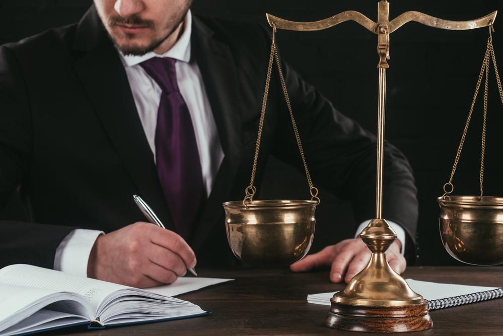 Качественные юридические услуги от компании JUSTICE
