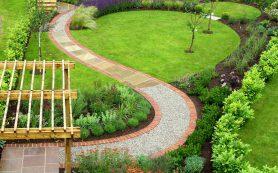 Планируем сад и его форму заранее: всё про садовые дорожки