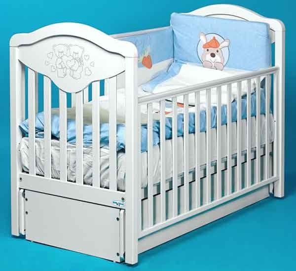 Кроватки для новорождённых в детскую комнату