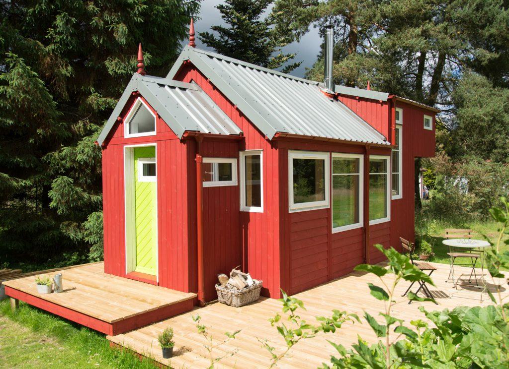 Что нужно учитывать при постройке дачного домика