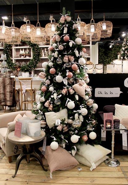 Как украсить дом к Новому году – советы дизайнеров