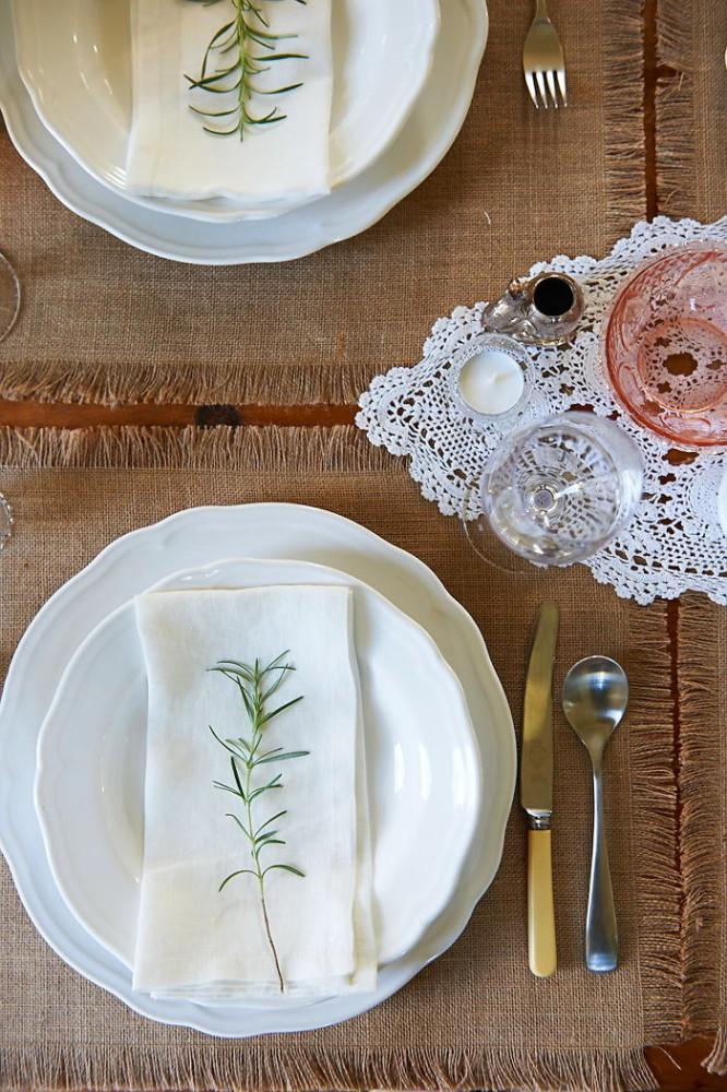 То, без чего новогодний стол не станет праздничным: тенденции сервировки наступающего года
