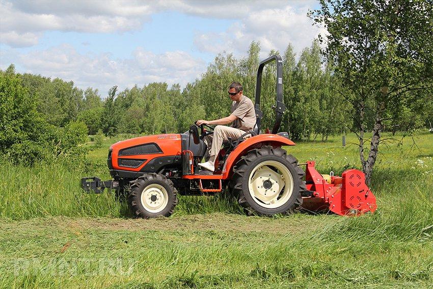 Как выбрать мини-трактор для домашнего хозяйства